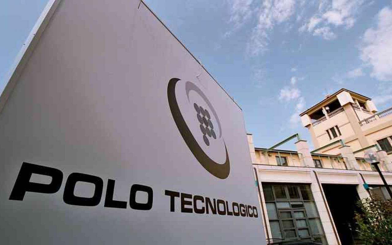 Polo scientifico e tecnologico di navacchio caleffi for Case logic italia