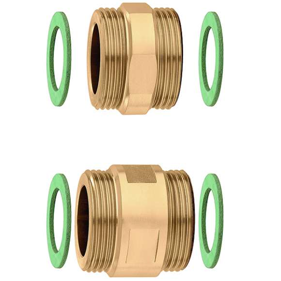 675 - Pair of fittings with seals