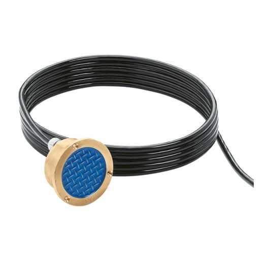605 - Сензор  за температура и относителна влажност за монтаж на открито, с кабел